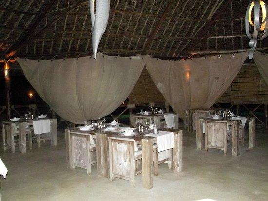 Mawe Restaurant : La sala ristorante del Mawe Resort