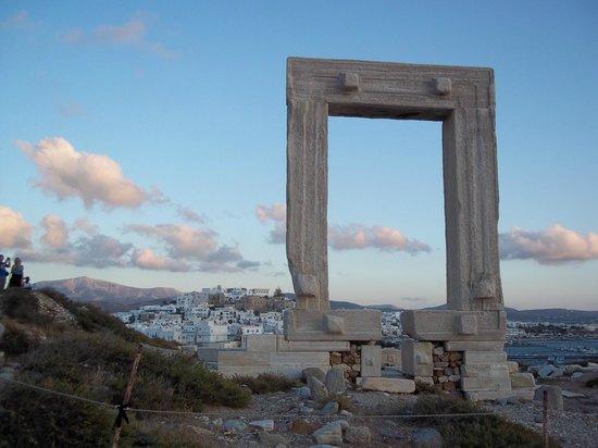 Ciudad de Naxos, Grecia: Portara