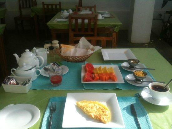 Le Grand Meaulnes - Family Hotel: Colazione standard per una persona