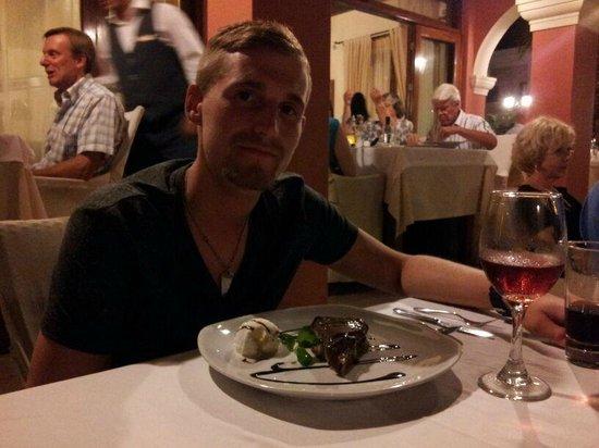 Delfino Blu Boutique Hotel: Abendessen