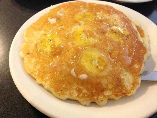 Tip Top : Banana mac nut pancake