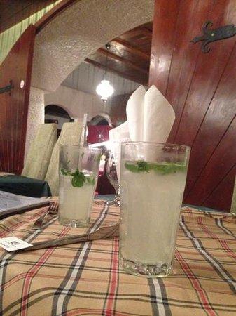 Karikás Restaurant and Hotel : махито