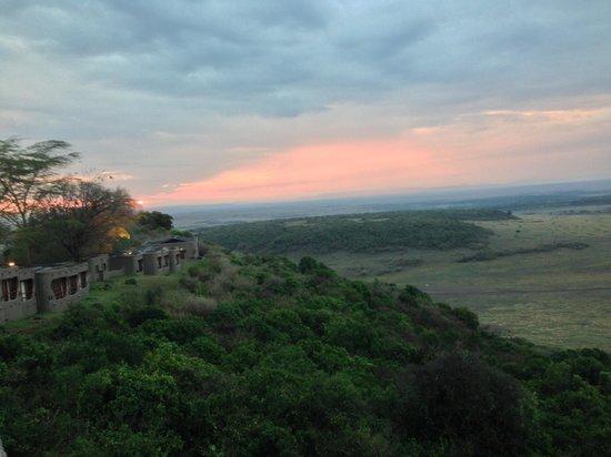 Mara Serena Safari Lodge: View from he balcony at cocktail hour