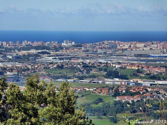 Paisaje de Santander - Picture of Parque de la Naturaleza de Cabarceno, Obreg...