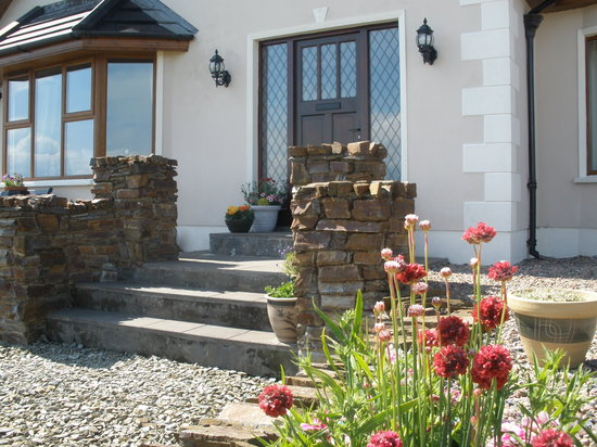 Inishowen Lodge : Front door