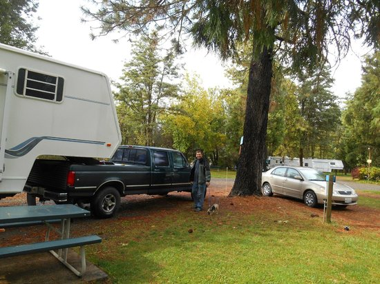 Pull-through site at Mountain Man RV Park
