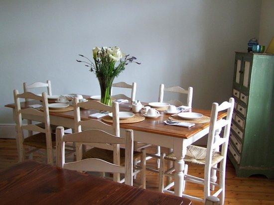Six on Scott: Dining room