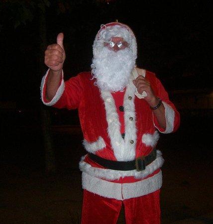 Pub Eureka corner : santa with presents for the kids