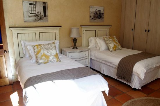 Avondrood Guest House: Family Deluxe Suite second bedroom