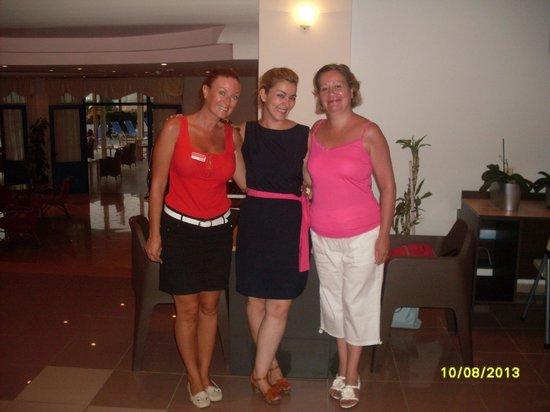 Hara Ilios Hotel : nathalie(fram)+Katharina et moi!