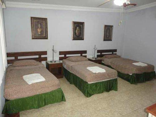 Hotel Real Altamira: Habitación triple