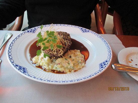 Reinwald's: Steak