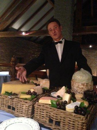 Au Soldat de l'An 2 Hotel Restaurant de charme : The Wonderful Man with all the cheeses