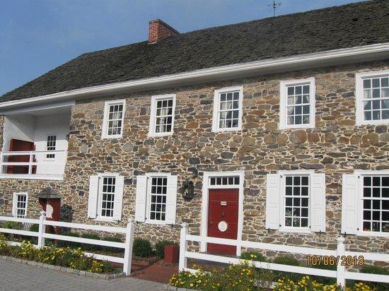 Dobbin House Tavern: Dobbin House