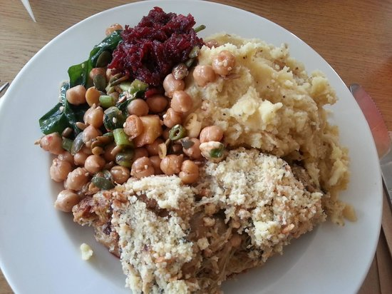 Iydea Western Road: Nutty Crumble, Mash & Hummus, Beetroot Chutney and Apple & Chickpea Salad.