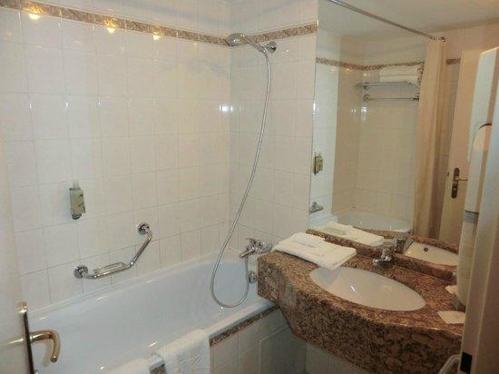 Plaza Alta : Badezimmer
