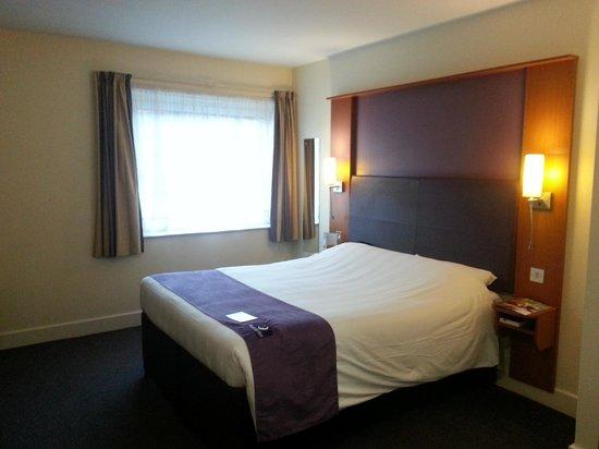 Premier Inn Sheffield City Centre (St Mary's Gate) Hotel: Looking across my room