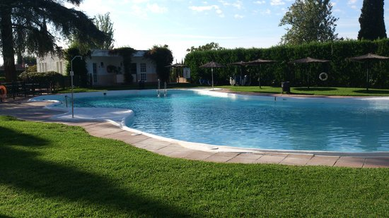 Ayre Hotel Cordoba: Piscina
