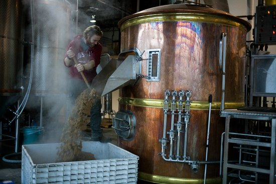 Whistler Brewing Company: Headbrewer at work