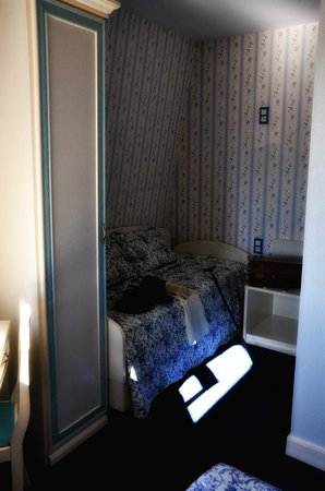 Hôtel Belle Epoque : chambre