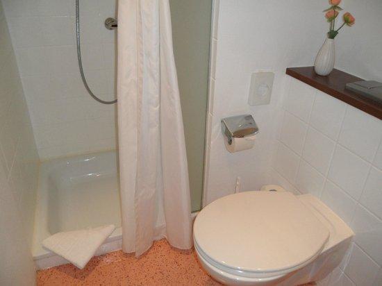 Novum Hotel Bremer Haus: Duschbereich