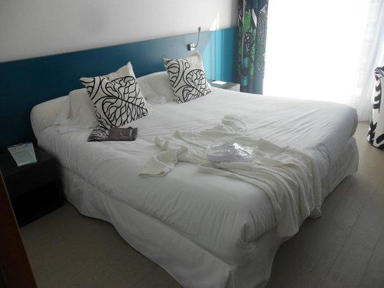 Hotel Serge Blanco & Thalassotherapy Center : disposition de la chambre