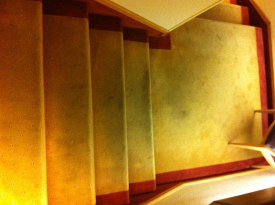 Auberge de Letraz : L'escalier