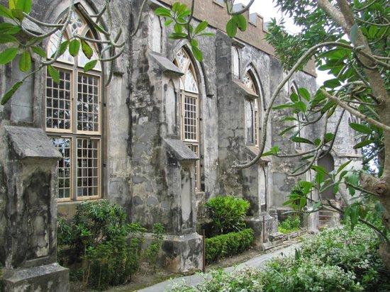 St. John's Parish Church: St John's