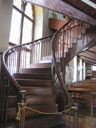 St. John's Parish Church: Steps to the Pipe Organ