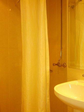 Westbury Hotel Kensington : bagno (stanza 108)