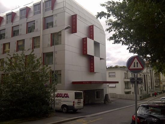 Agora Swiss Night by Fassbind: edificio