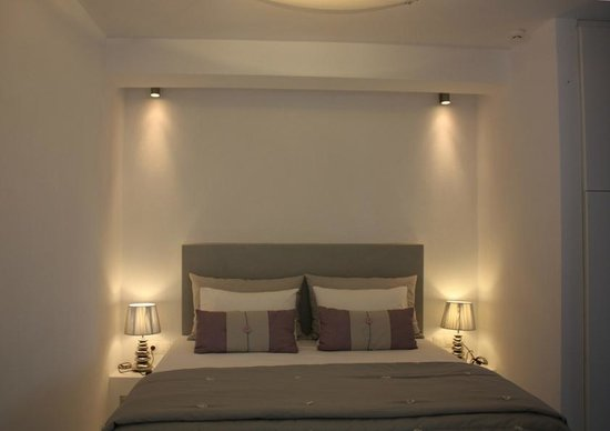 Edem Suites : Iris - bedroom