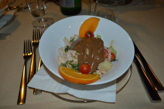 Hotel Principe di Fitalia Wellness & SPA : antipasto: cocktail di gamberi con frutta e aceto balsamico