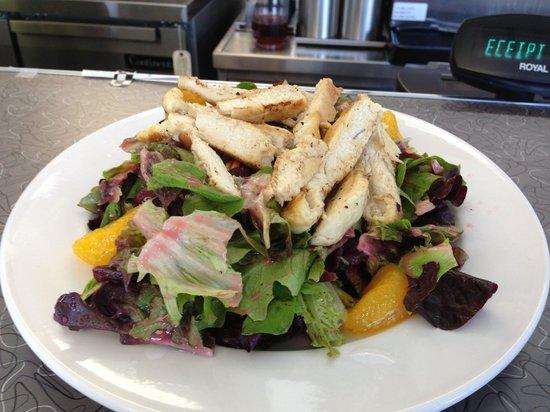 Middlebourne, Wirginia Zachodnia: Fresh chicken salad
