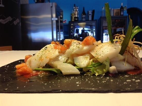 Suances, Spain: ensalada de bacalao piquillos y tomate al romero