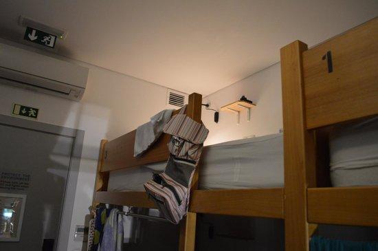 Yes! Hostel Porto: Bett