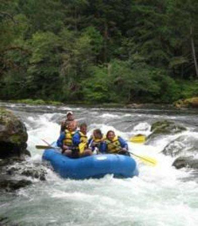 Umpqua's Last Resort, Wilderness RV Park & Campground: Rafting the North Umpqua River at Umpqua's Last Resort