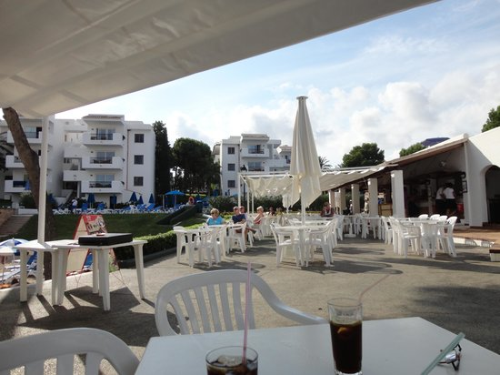 Inturotel Esmeralda Park: beach snack bar and appartments