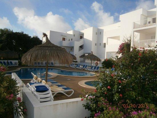 Aparthotel Ferrera Blanca: piscina pequeña