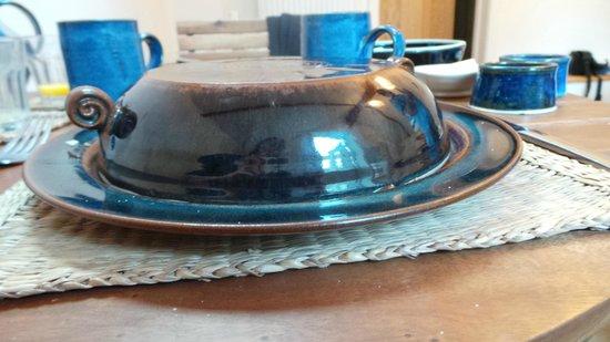 Vinegar Hill Pottery B & B: Dave's beautiful pottery