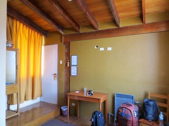 Hostal Pascana: Room