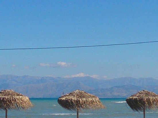 Seamonkeys Beach Bar : From Seamonkeys a clear view to Albanian coastline