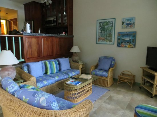 Gallows Point Resort: Living Area