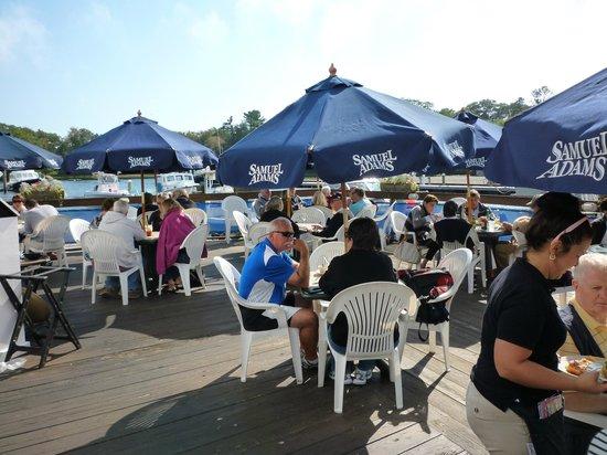 Arundel Wharf Restaurant: Dining alfresco