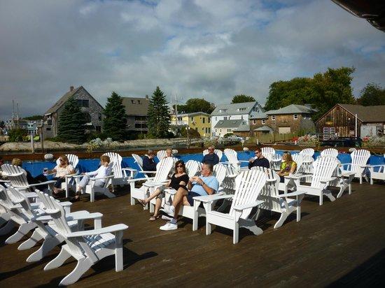Arundel Wharf Restaurant: Enjoy the harbor scenery