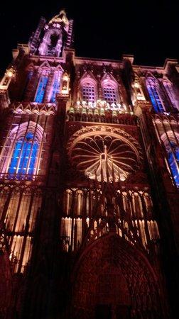 Ibis Styles Strasbourg Centre Gare: Cathédrale Notre-Dame Stasbourg