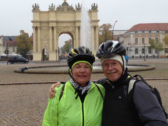 Fat Tire Tours Berlin: Photo op in Potsdam