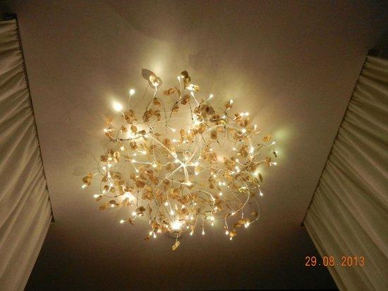 Legend Hotel by Elegancia : quarto moderno e lindo
