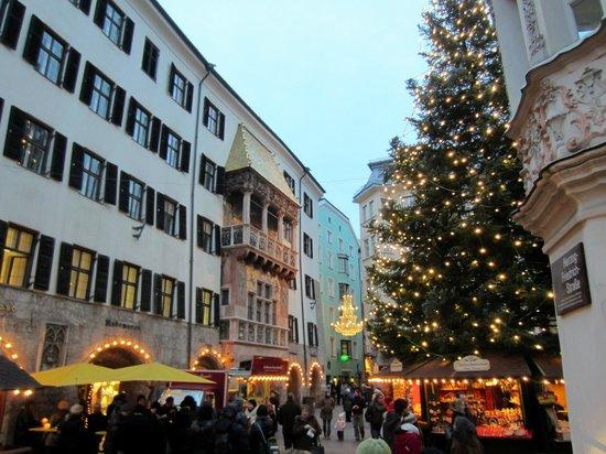 Best Western Plus Hotel Goldener Adler: Goldenes Dachl and the Innsbruck Christmas market yards away from the hotel