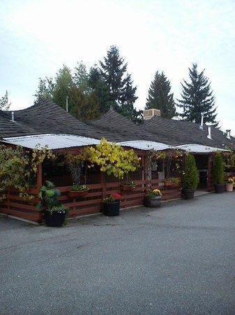 Paliotti's Italian Restaurant: Outdoor View